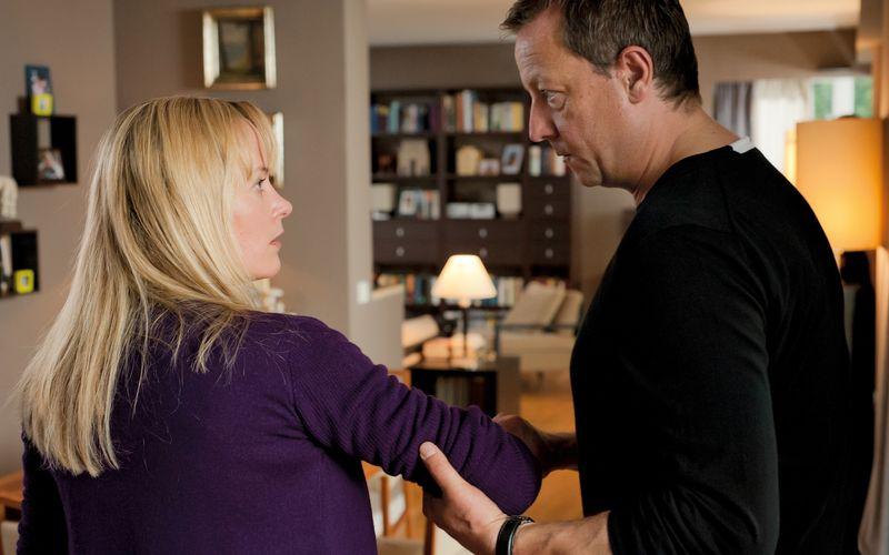 Hannah muss feststellen, dass es sich beim vermeintlichen Traummann Bernd (Matthias Brandt) um eine tickende Zeitbombe handelt.