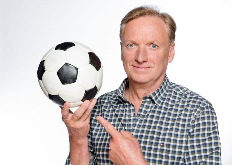 """Rudi Brückner moderierte den """"Doppelpass"""" von 1995 bis 2004. Jetzt ist er nach 17 Jahren wieder in vorderster Front zu sehen."""