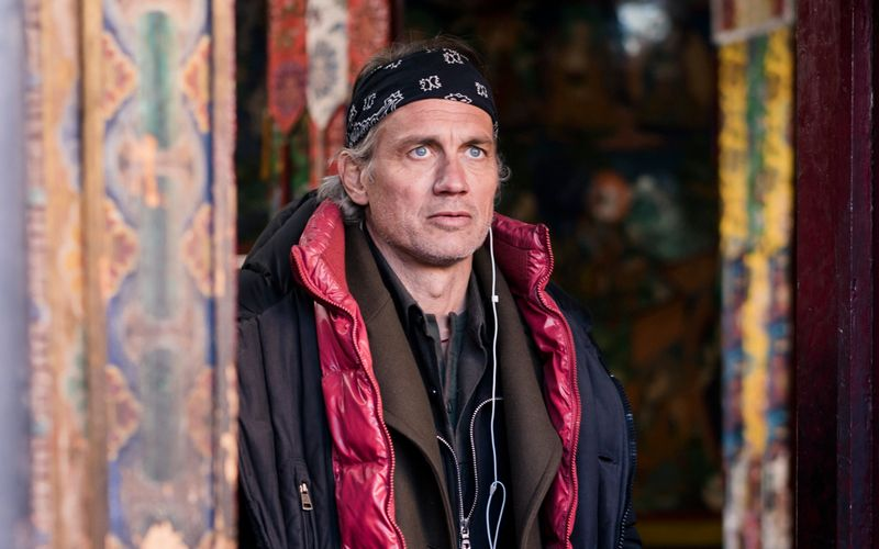"""In seinem Regiedebüt """"Sem Dhul - Die Wiederkehr"""" spielt Ralf Bauer einen Helfer für tibetische Flüchtlinge. Auch privat hat er eine enge Verbindung zum Tibet."""