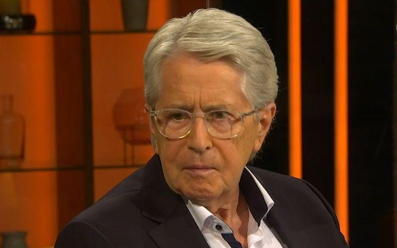 """""""Ich habe einfach geglaubt, ich habe kein Parkinson"""", erinnerte sich Frank Elstner in der ARD-Talkshow """"3nach9"""" an die Unklarheiten bis zur Diagnose der Krankheit."""