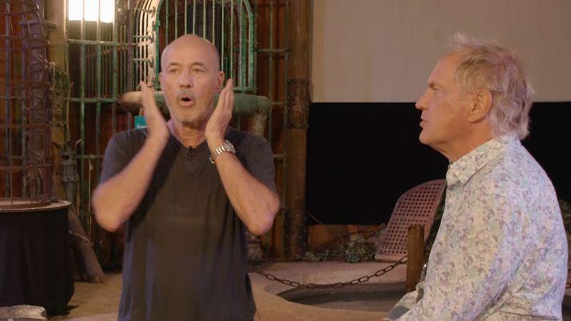 """Uwe Ochsenknecht (rechts) ließ seinen Freund und Schauspielkollegen Heiner Lauterbach in der ARD-Show """"Verstehen Sie Spaß?"""" fies auflaufen."""