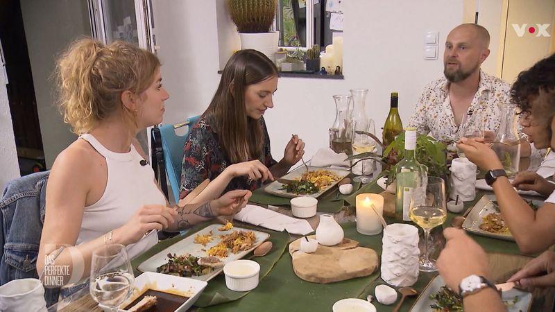"""Beim """"Perfekten Dinner"""" war es um die Stimmung in der Nachhaltigkeitswoche nicht immer zum Besten bestellt."""