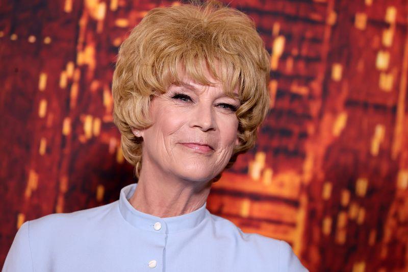 Auf dem Roten Teppich in Hollywood ehrte Jamie Lee Curtis ihre Mutter Janet Leigh mit einem ganz besonderen Outfit.